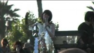 Yeah Yeah Yeahs performed live on the main stage at the 2009 Coachella Music & Arts Festival in Indio, California on Sunday April 19, 2009. http://www.youtube.com/magmazing Video: Runaway Dull Life […]