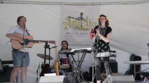 Kathryn Calder at Amelia Street Block Party