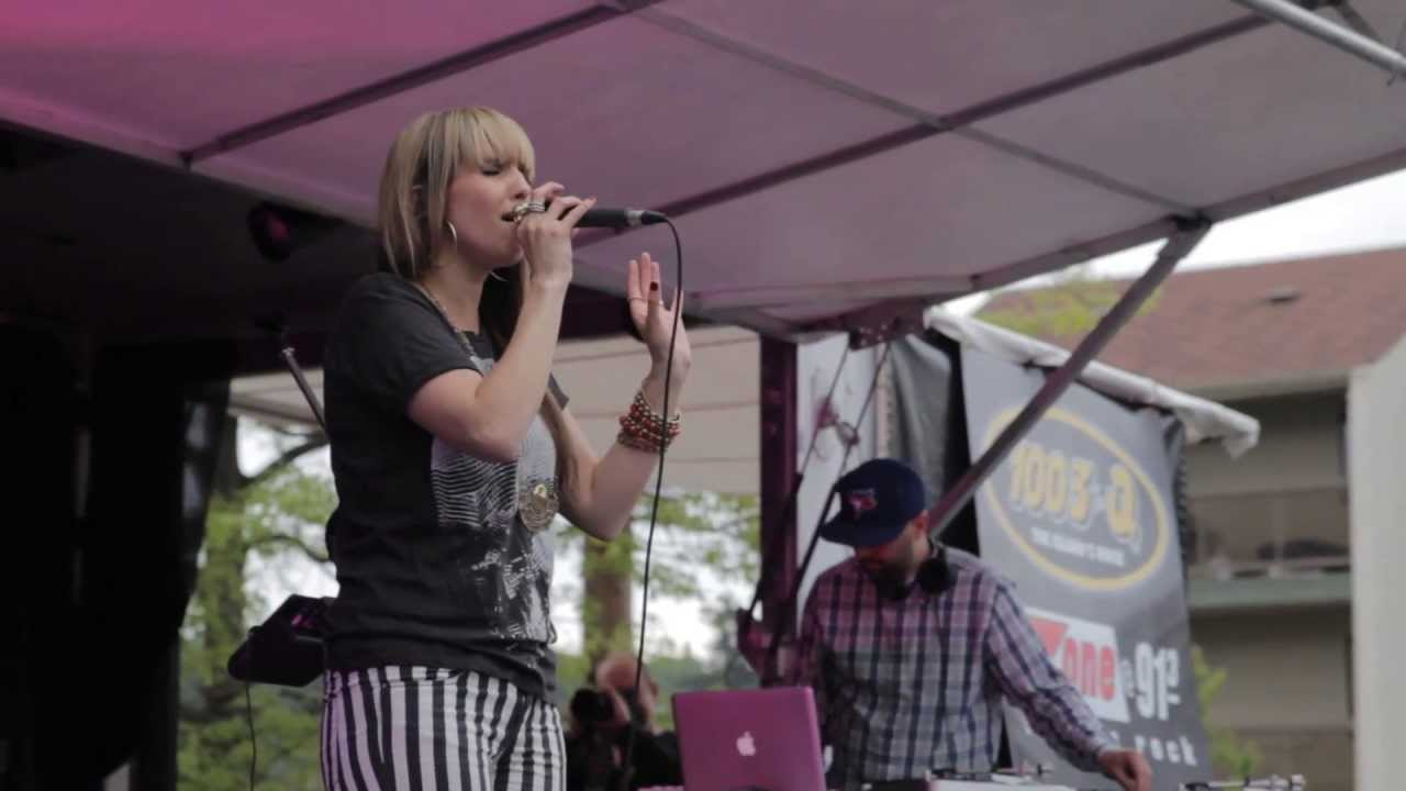 Video Archive- 2013-05-11: Georgia Murray at Quadra Village Night
